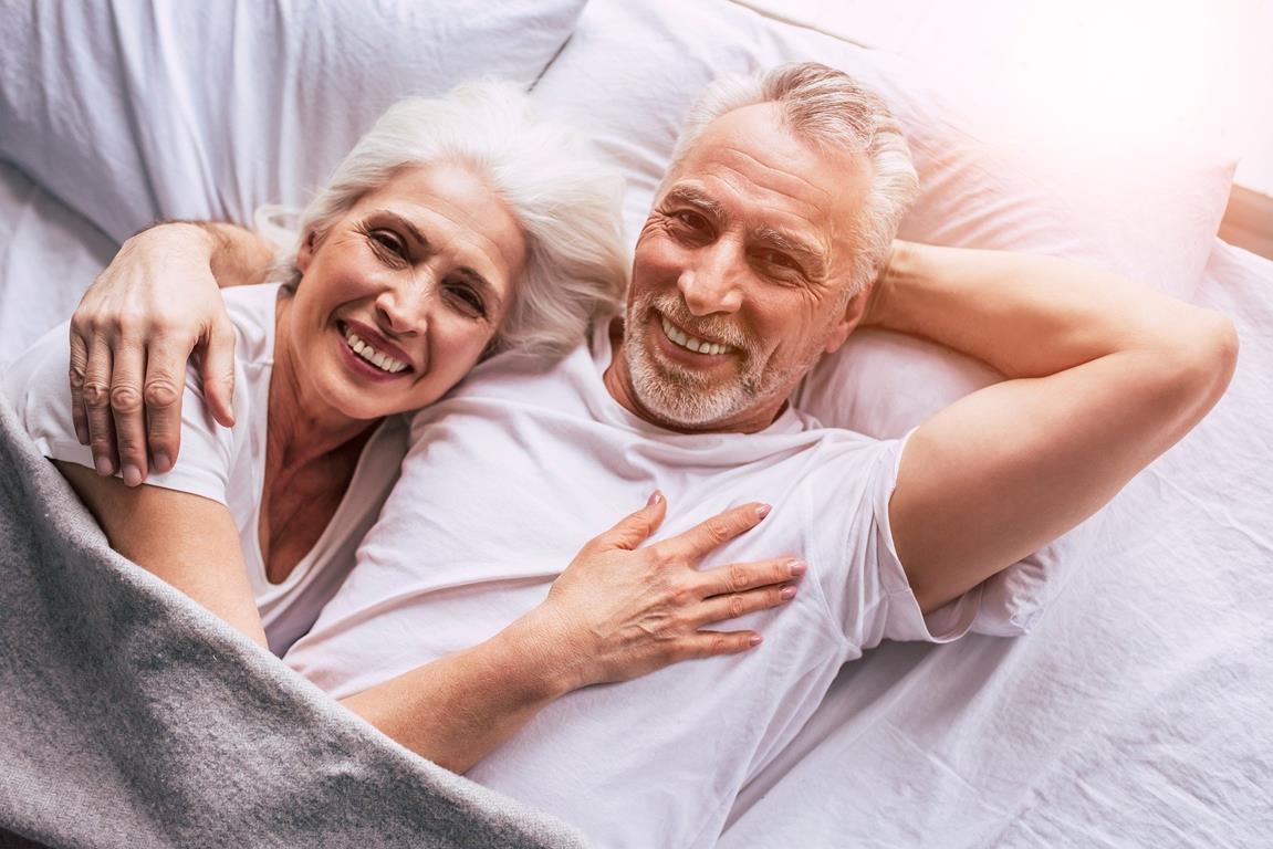Sex im Alter: Leidenschaftliche Zweisamkeit und Erotik ab 60