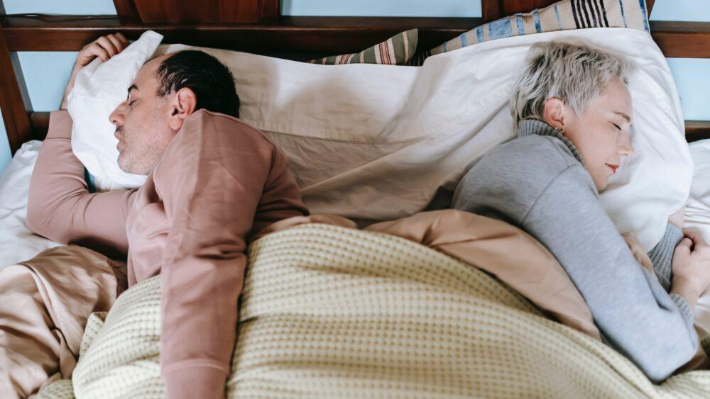 Schlafpositionen im Alter
