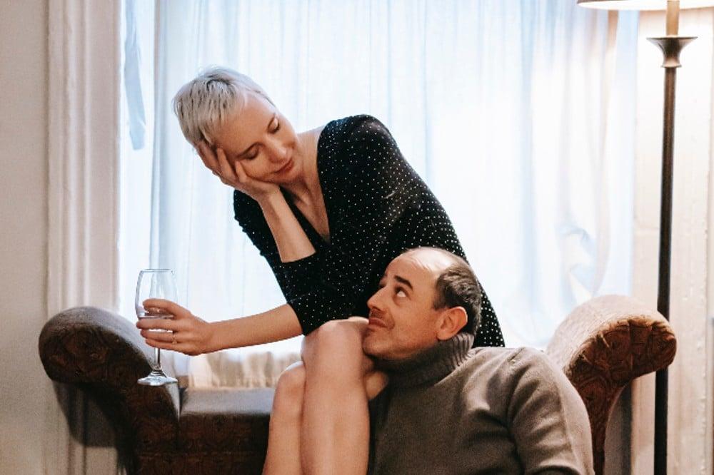 P60 pexels gary barnes 6249034 - Ab wann ist man zusammen? Daran erkennen Sie, dass aus einer netten Bekanntschaft eine feste Beziehung wird!